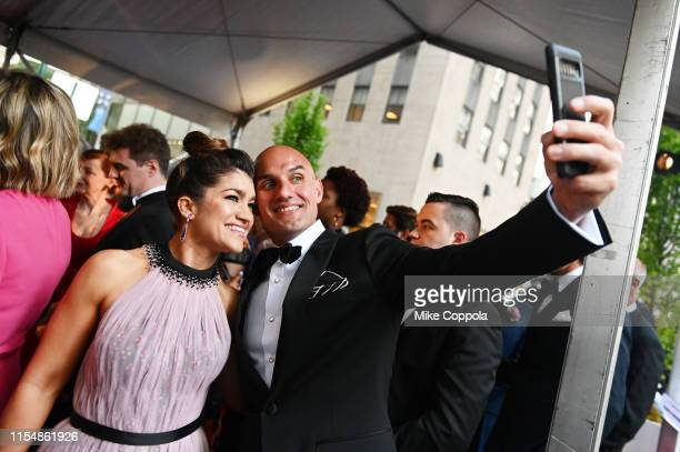 Sarah Stiles poses for a selfie during the 73rd Annual Tony Awards at Radio City Music Hall on June 09, 2019 in New York City.
