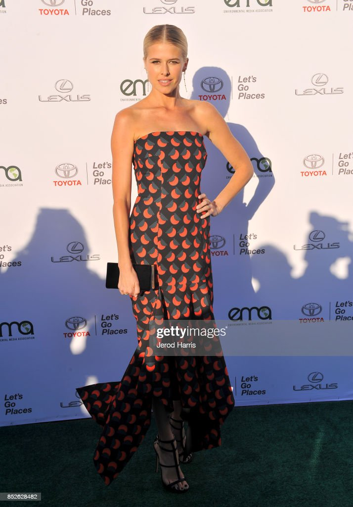 Environmental Media Association's 27th Annual EMA Awards - Red Carpet : News Photo