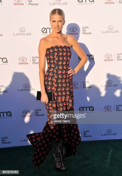 Sarah Wright at the Environmental Media Association's 27th Annual EMA Awards at Barkar Hangar on September 23 2017 in Santa Monica California