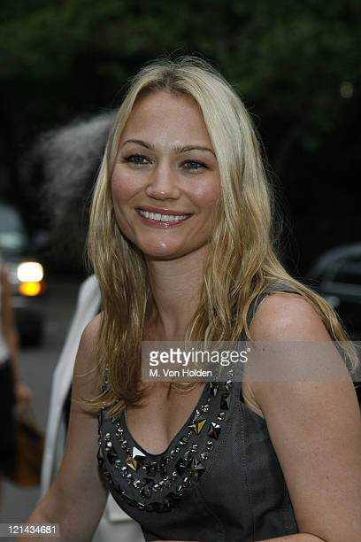 Sarah Wynter during The Fresh Air Fund Annual Spring Gala at Tavern on the Green in New York NY United States
