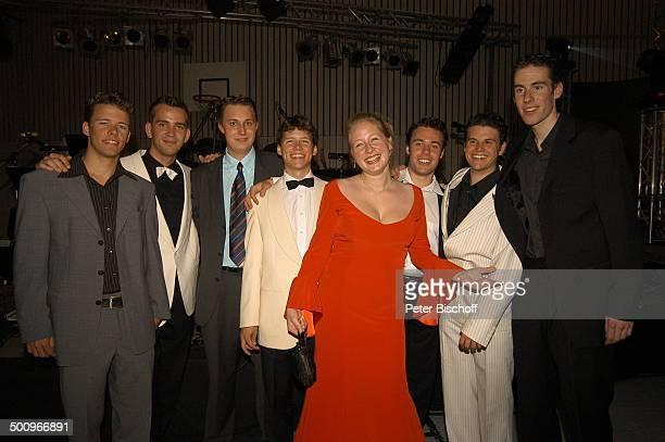 SarahJane Janson Max Greger jr jr restlichen Mitglieder der Musikgruppe 'SunshineSwingers' 'AbiBall 2004' München 19 062004 'Gymnasium Oberhaching'...