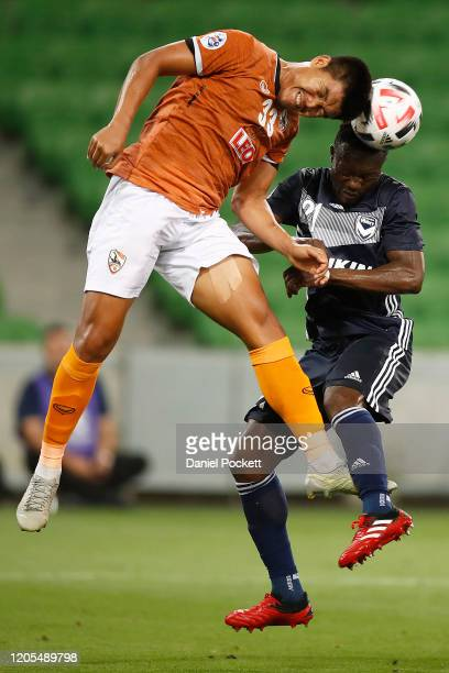 Sarawut Inpaen of Chiangrai United and Adama Traoré of the Victory contest the ball during the AFC Champions League Group E match between Melbourne...