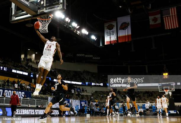 Sardaar Calhoun of the Florida State Seminoles drives to the basket during the second half against the Colorado Buffaloes in the second round game of...
