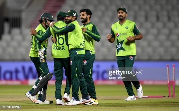 Sarfaraz Ahmed, Babar Azam , Mohammad Hafeez and Shadab Khan of Pakistan celebrate the run out of Eoin Morgan of England during the 3rd Vitality...