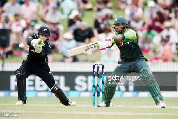 Sarfraz Ahmed of Pakistan bats during game four of the One Day International Series between New Zealand and Pakistan at Seddon Park on January 16...
