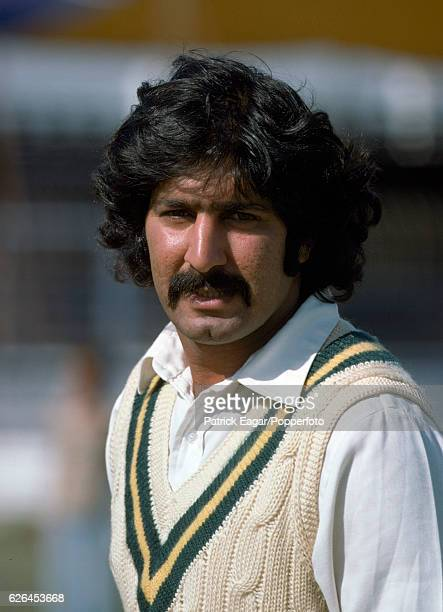 Sarfraz Nawaz before the 3rd Test match between Pakistan and England at the National Stadium Karachi Pakistan 17th January 1978