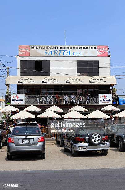 sarita restaurante chicharróneria - chicharrones fotografías e imágenes de stock