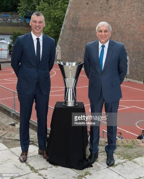 Sarunas Jasikevicius Head Coach of Zalgiris Kaunas and Zeljko Obradovic Head Coach of Fenerbahce Dogus Istanbul during the 2018 Turkish Airlines...