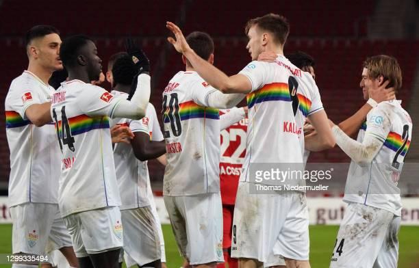 Sasa Kalajdzic of Stuttgart celebrates his team's first goal with teammates during the Bundesliga match between VfB Stuttgart and 1. FSV Mainz 05 at...