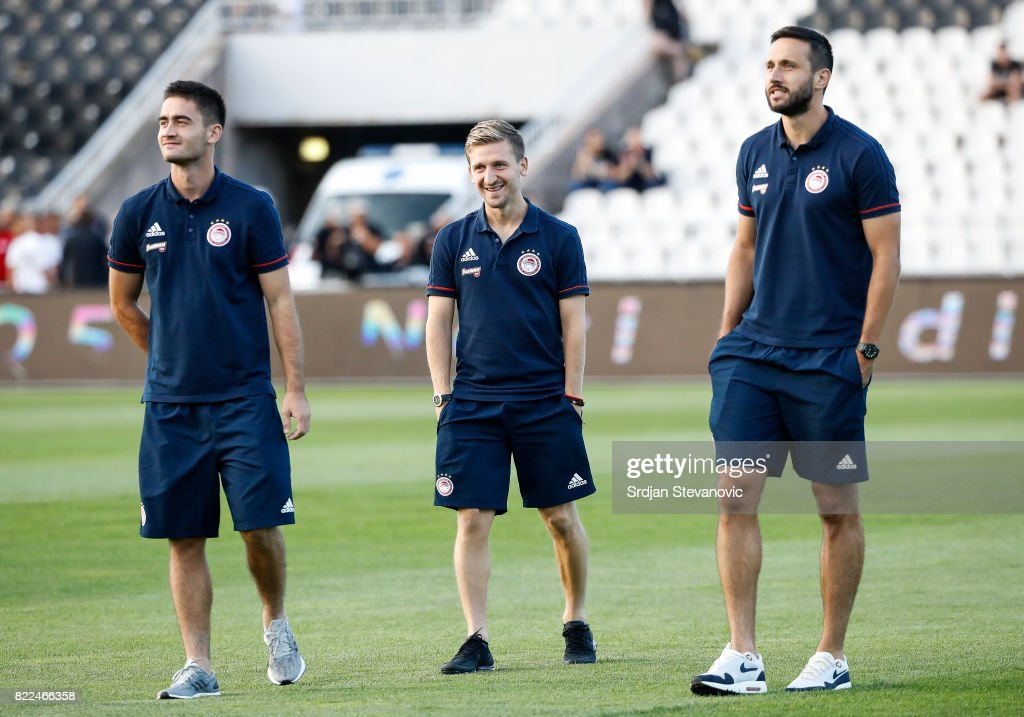 Sasa Zdjelar (L), Marko Marin (C) and Jagos Vukovic (R) of Olympiacos look on prior the UEFA Champions League Qualifying match between FC Partizan and Olympiacos on July 25, 2017 in Belgrade, Serbia.
