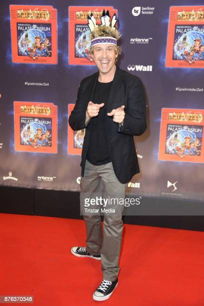 Sascha Grammel attends the premiere of the children show 'Spiel mit der Zeit' at Friedrichstadtpalast on November 19 2017 in Berlin Germany