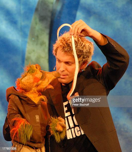 Sascha Grammel mit Frederic Freiherr von Furchensumpf TheaterGala 'Das große Kleinkunstfestival für Kabarett Comedy und Musik' der Wühlmäuse 2010 mit...