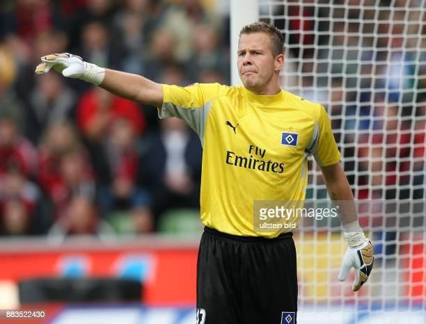 Sascha Kirschstein Torhüter Hamburger SV D mit ausgestrecktem Zeigefinger