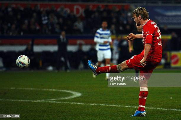 Sascha Roesler of Duesseldorf scores his teams second goal during the Second Bundesliga match between MSV Duisburg and Fortuna Duesseldorf at...