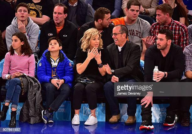 Sascha Seinfeld, Julian Kal Seinfeld, Jessica Seinfeld, Jerry Seinfeld and Matt Harvey attend the Golden State Warriors vs New York Knicks game at...