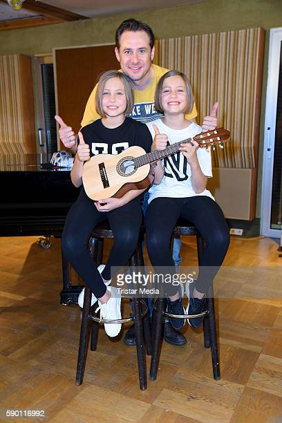 Sascha Vollmer Laila Meinecke and Rosa Meinecke during the 'Hanni Nanni' Press Set Day on August 16 2016 in Berlin Germany
