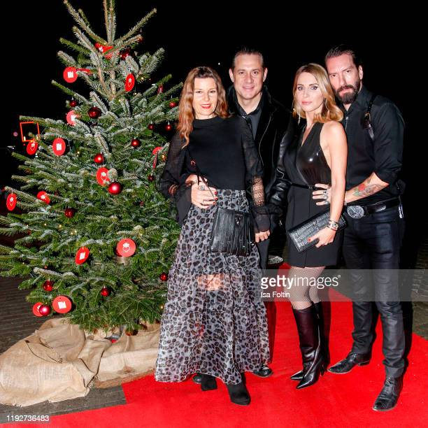 Sascha Vollmer with his wife Jenny Kurr and Alec Voelkel with his wife Johanna Voelkel during the Daimlers BE A MOVER event at Ein Herz Fuer Kinder...