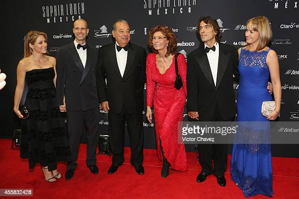 Sasha Alessandro Eduardo Ponti Carlos Slim Helú Sophia Loren Carlo Ponti and Andrea Ponti attend the Sophia Loren's 80th birthday dinner at Museo...