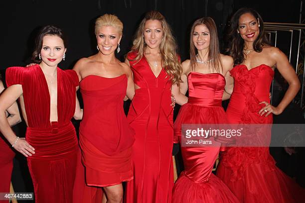 Sasha Cohen Jill Martin Colbie Caillat Jill Hennessy and Gina Torres pose backstage at the SUBWAY Restaurants Presents Go Red For Women The Heart...