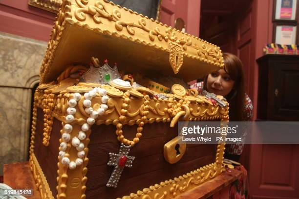 Sasha Eyre looks at an edible treasure chest deigned by Ms Cake Head who has created a Hansel and Gretel inspired wonderland allowing people to eat...