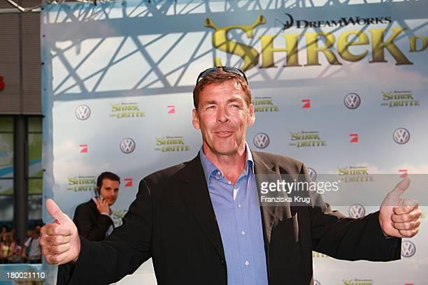 Sasha Hehn Bei Der Shrek Der Dritte Premiere Im Sony Center In Berlin Am 080607