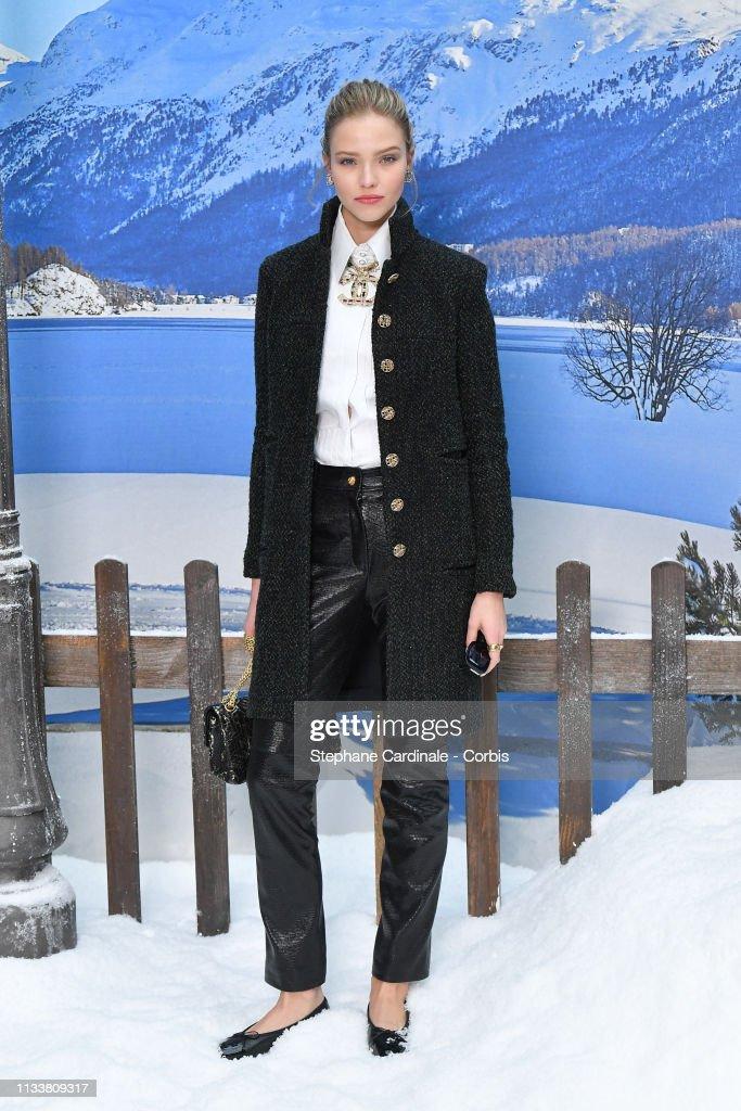 Chanel : Photocall - Paris Fashion Week Womenswear Fall/Winter 2019/2020 : News Photo