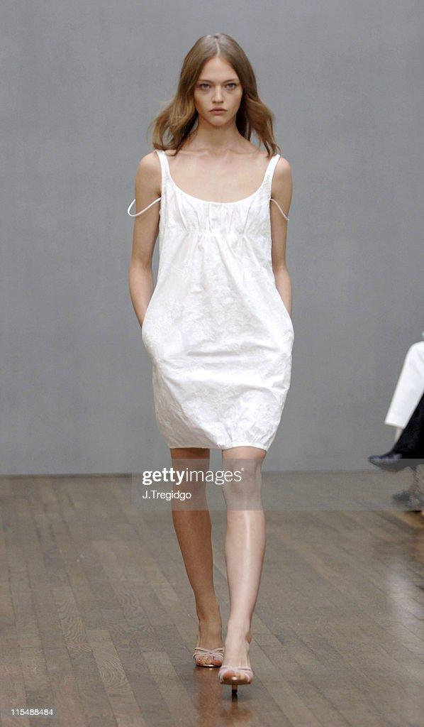 London Fashion Week Spring/Summer 2006 -Aquascutum -Runway