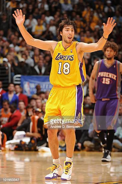 Sasha Vujacic of the Los Angeles Lakers reacts on the court in Game Five of  the e2f88649b