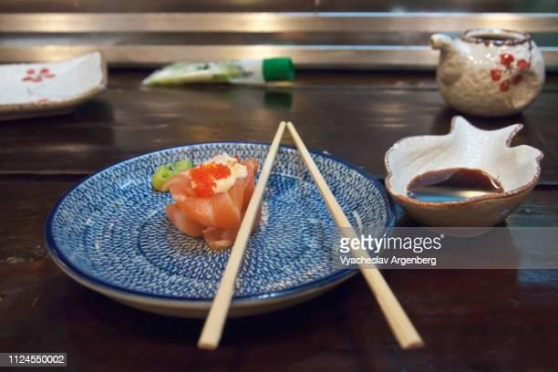 sashimi sushi, japanese delicacy - argenberg stock pictures, royalty-free photos & images