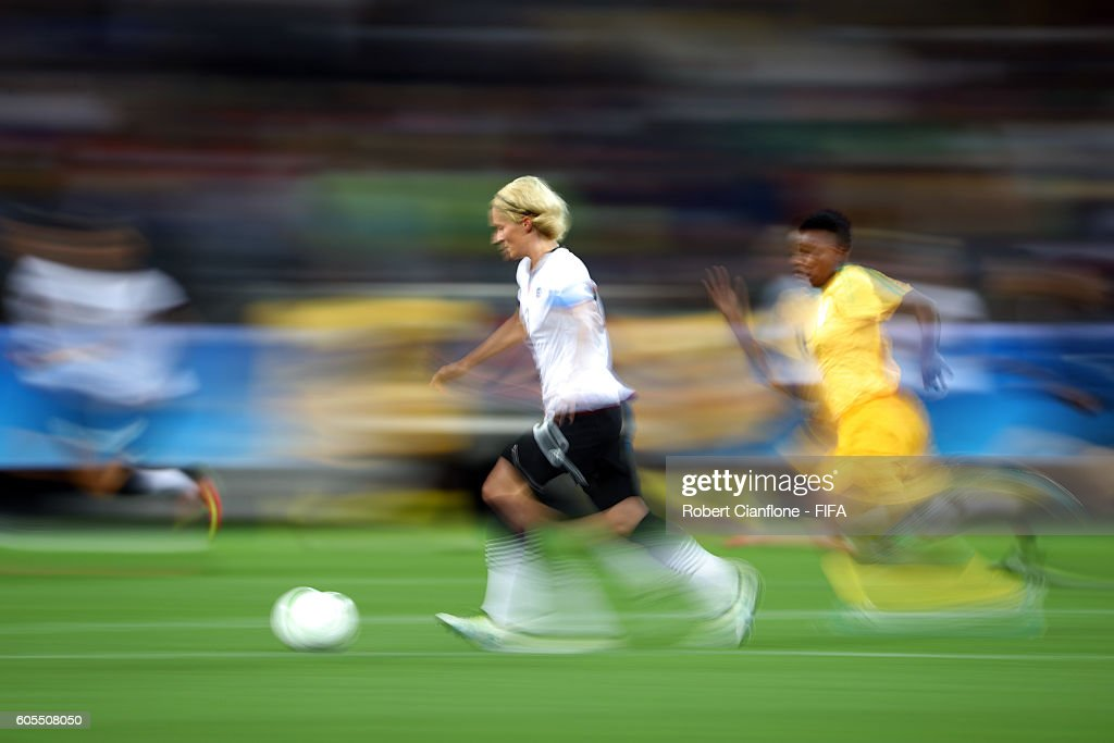 Saskia Bartusiak of Germany runs with the ball during the Women's First Round Group F match between Zimbabwe and Germany at Arena Corinthians on August 3, 2016 in Sao Paulo, Brazil.