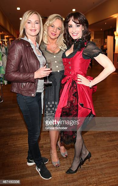 Saskia Valencia Birgit FischerHoeper Anna Maria Kaufmann during the SIXT fashion dinner at Nockherberg on March 24 2015 in Munich Germany