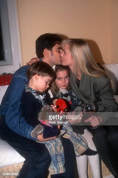 Saskia Valencia Ehemann Nicolas Valencia Tochter Alexandra Valencia Sohn Leonard Valencia Homestory am in Berlin Deutschland