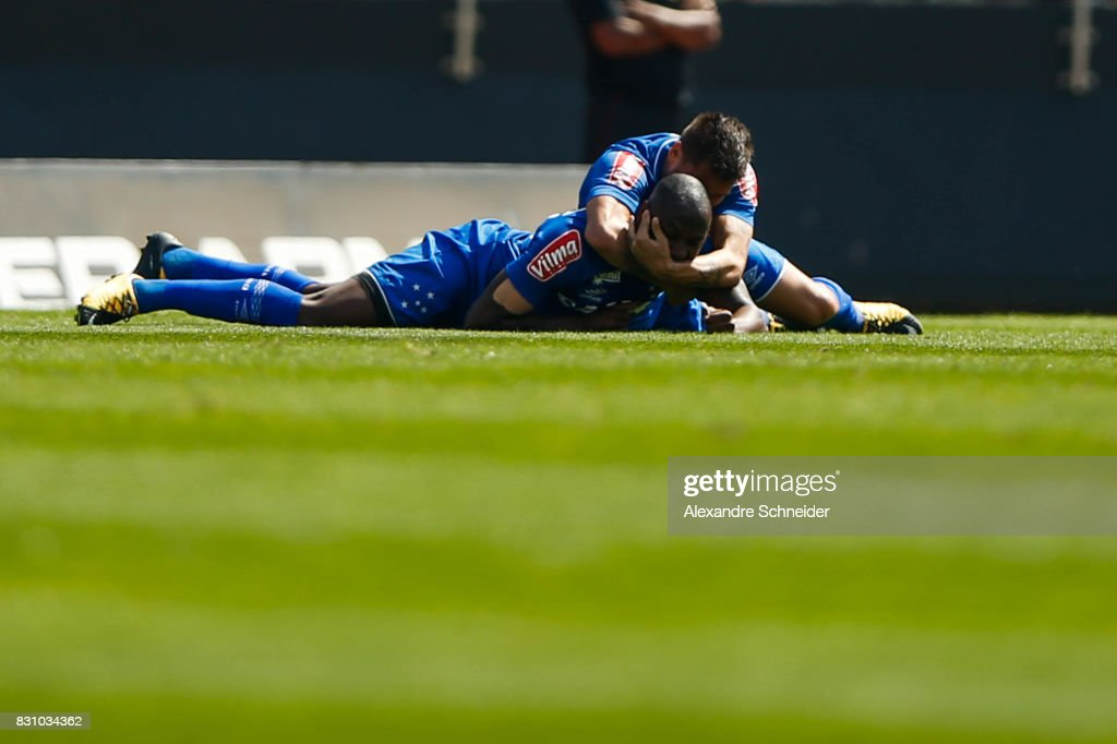 Sassa #99 of Cruzeiro celebrates their second goal during the match between Sao Paulo and Cruzeiro for the Brasileirao Series A 2017 at Morumbi Stadium on August 13, 2017 in Sao Paulo, Brazil.