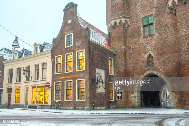 sassenstraat and sassenpoort in zwolle during winter - zwolle stock photos and pictures