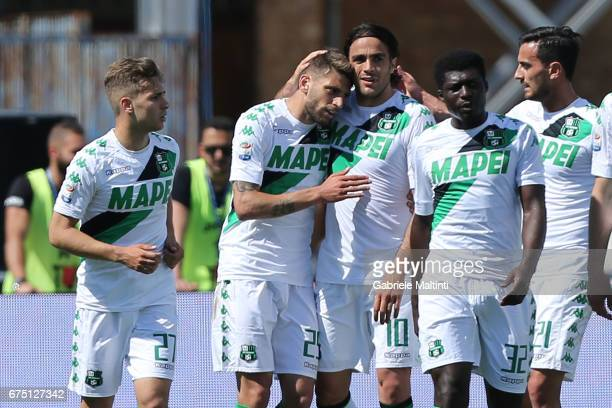 Sassuolo Calcio players celebrate a goal scored by Alessandro Matri during the Serie A match between Empoli FC and US Sassuolo at Stadio Carlo...