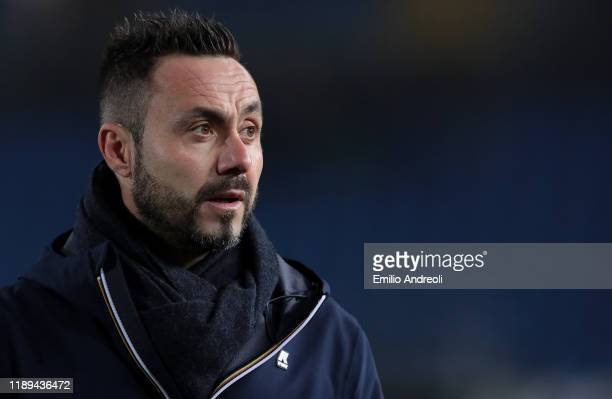 Sassuolo coach Roberto De Zerbi looks on during the Serie A match between Brescia Calcio and US Sassuolo at Stadio Mario Rigamonti on December 18...