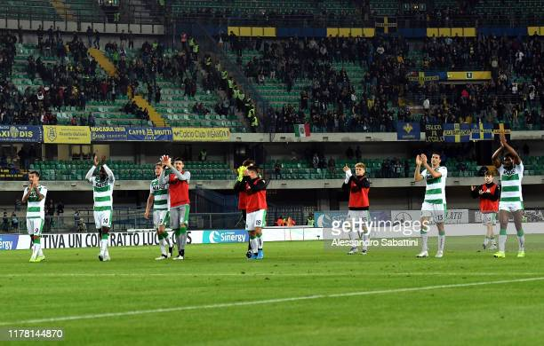 Sassuolo players celebrate the victory after the Serie A match between Hellas Verona and US Sassuolo at Stadio Marcantonio Bentegodi on October 25,...