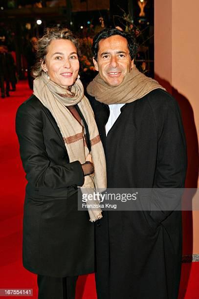 Sat1 Chef Roger Schawinski Und Ehefrau Gabriella Sontheim Beim Empfang Nach Der Premiere Man To Man Im Berlinale Palast In Berlin Am 100205