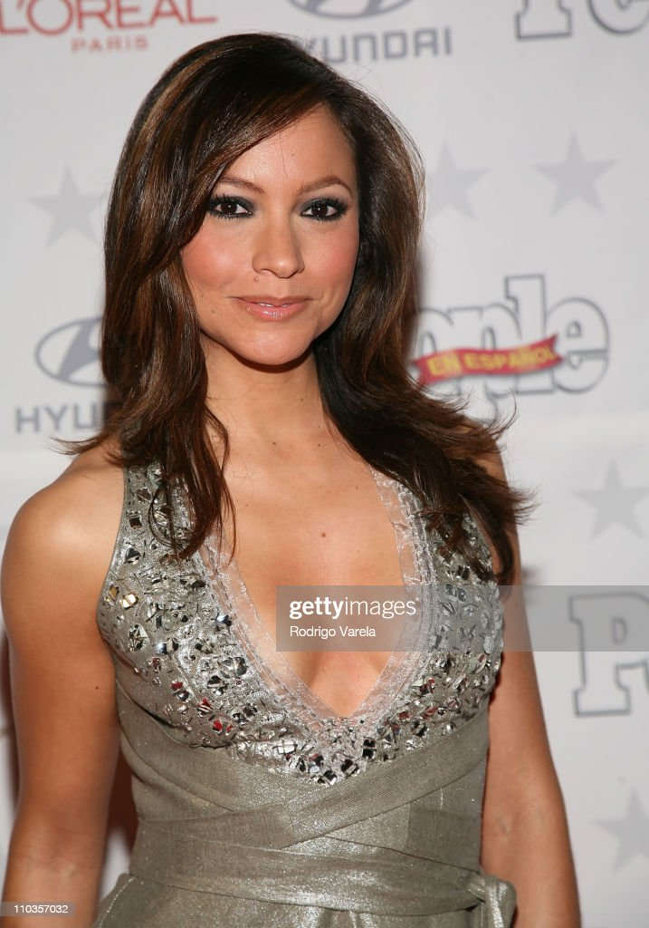 Satcha Pretto poses during arrivals at the People en Espanol Star Of The Year celebration on December 12, 2007 in Miami, Florida.