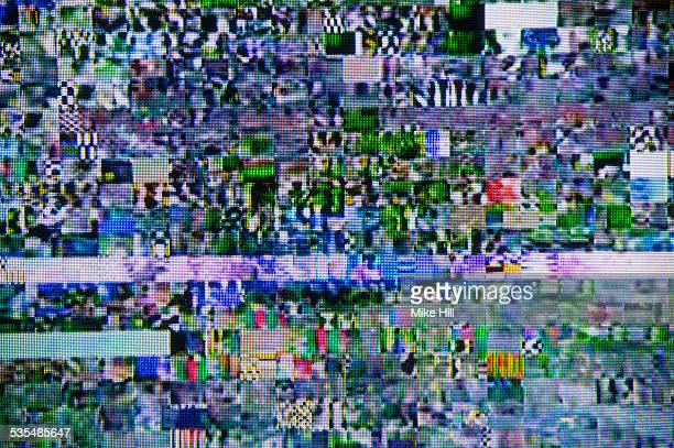 satellite signal interference pattern on tv - problemen stockfoto's en -beelden