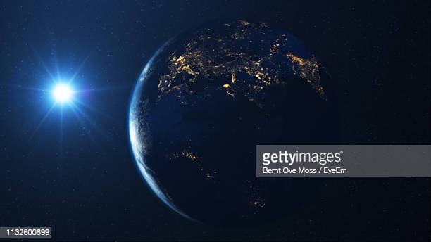satellite view of planet - globe terrestre photos et images de collection