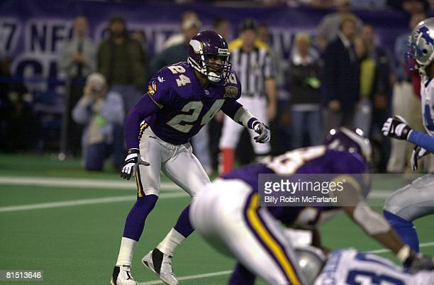Satety Robert Griffith of the Minnesota Vikings in a play during a 24 to 17 win over the Detroit Lions on Billy Robin McFarland