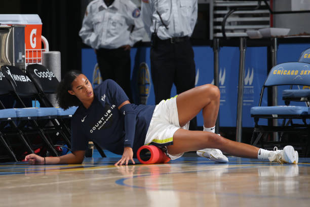 IL: Dallas Wings v Chicago Sky - Game One