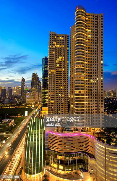 CONTENT] SatrioCasablanca corridor 35 kilometrelong street that is a new shopping belt in Jakarta[66] Many multistorey shopping centres are located...