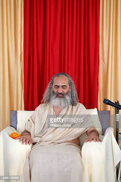 Satsang with Prem Baba, a Brasilian spiritual leader, in his Rishikesh ashram