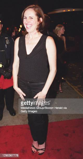 """'Saturday Night Live' comedian Molly Shannon arrives for the Rhode Island premiere of """"Shallow Hal"""" in which she has a bit part."""