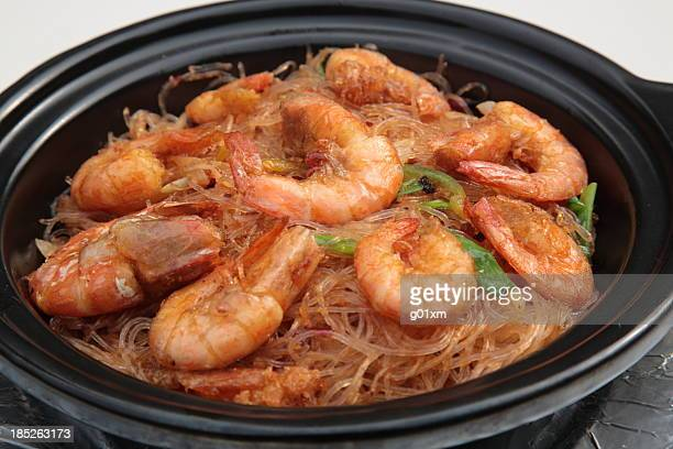 XO sauce Fried shrimps and vermicelli in clay pot (XO酱鲜虾粉丝煲)