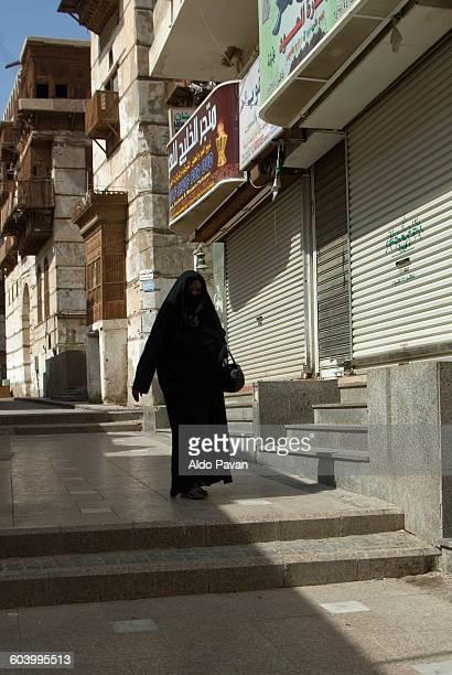 Saudi Arabia, Jeddah, woman in old town