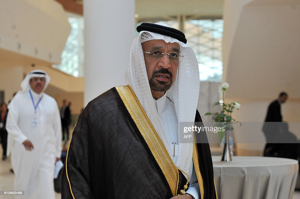 Saudi Arabia's Energy Minister Khalid al-Falih arrives for an informal meeting between members of the Organization of Petroleum Exporting Countries, OPEC, in the Algerian capital Algiers, on September 28, 2016. / AFP / Ryad Kramdi