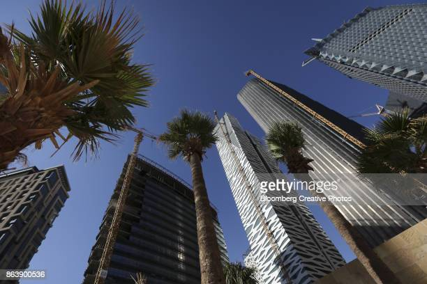 saudi arabia's king abdullah financial district - riyadh stock pictures, royalty-free photos & images